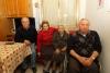 Robecchetto - Francesca Tomasini con i tre figli (Foto Franco Gualdoni)