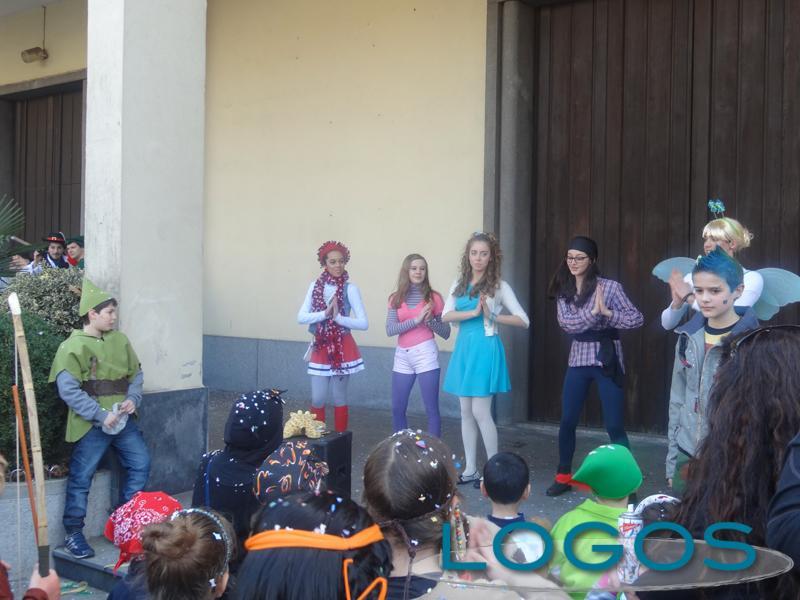 Buscate - Sfilata di Carnevale 2014.04