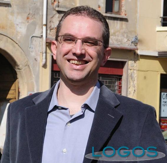 Lonate Pozzolo - Luca Perencin, candidato sindaco 'Democratici Uniti' (Foto dal profilo facebook; foto Pier Bottini)