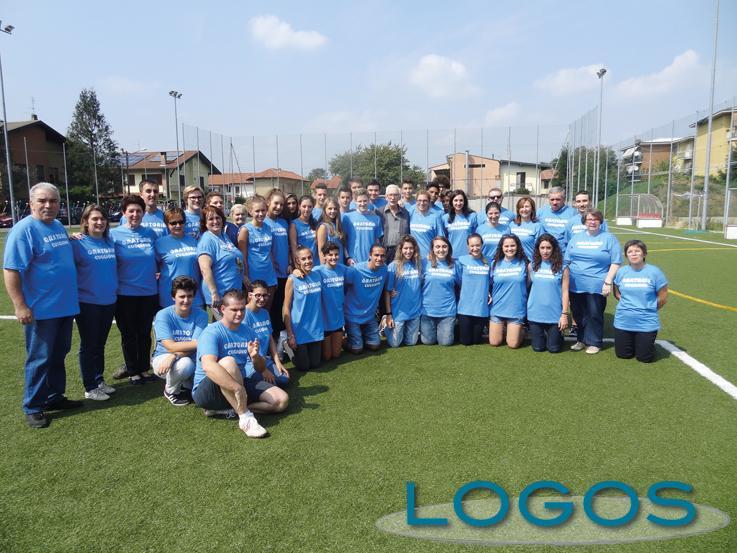 Cuggiono - Giovani e volontari al saluto di don Franco Roggiani