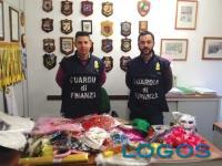Territorio - La Guardia di Finanza con alcuni prodotti sequestrati