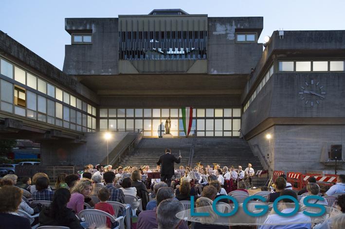 Turbigo - Il concerto della banda in piazza Bonomi