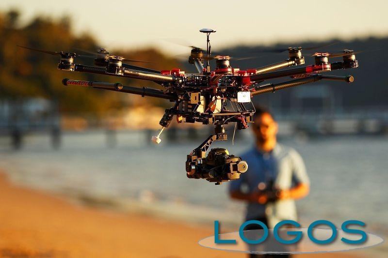 Attualità - Fai volare il drone
