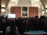 Milano - La conferenza di preparazione alla visita di Papa Francesco