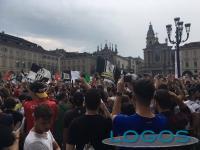 Torino - Tifosi in piazza per la finale della Champions