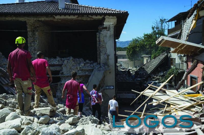 Attualità - Il terremoto nel centro Italia (Foto internet)