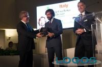 Attualità - La consegna del premio ad Andrea Pirlo