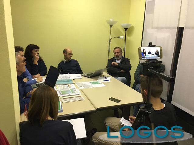 Cuggiono - L'ex sindaco Flavio Polloni e il suo gruppo