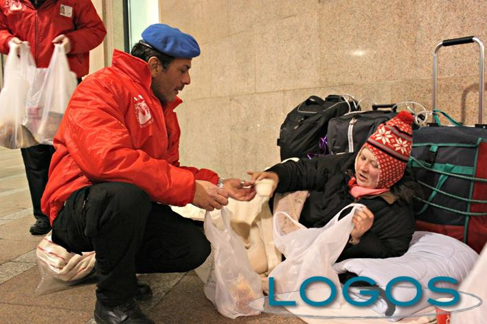 Sociale - La solidarietà per i senza tetto (Foto internet)