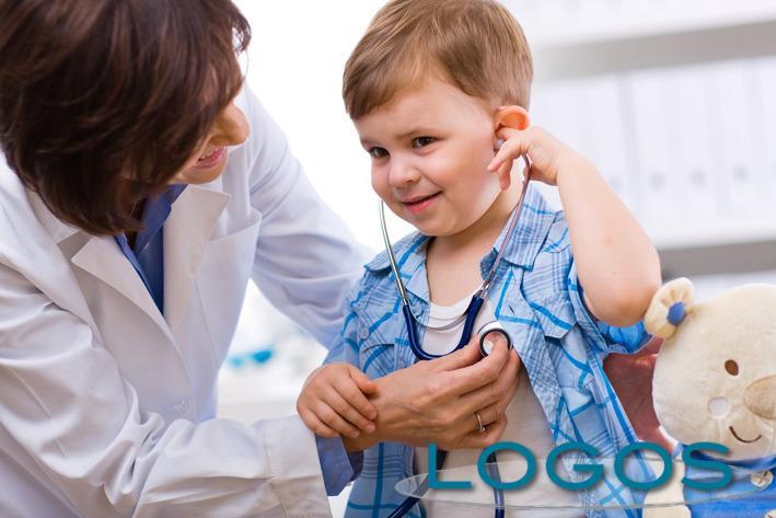 Salute - Una visita pediatrica (Foto internet)