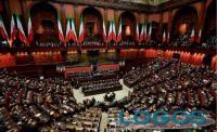 Politica - Parlamento italiano in seduca comune