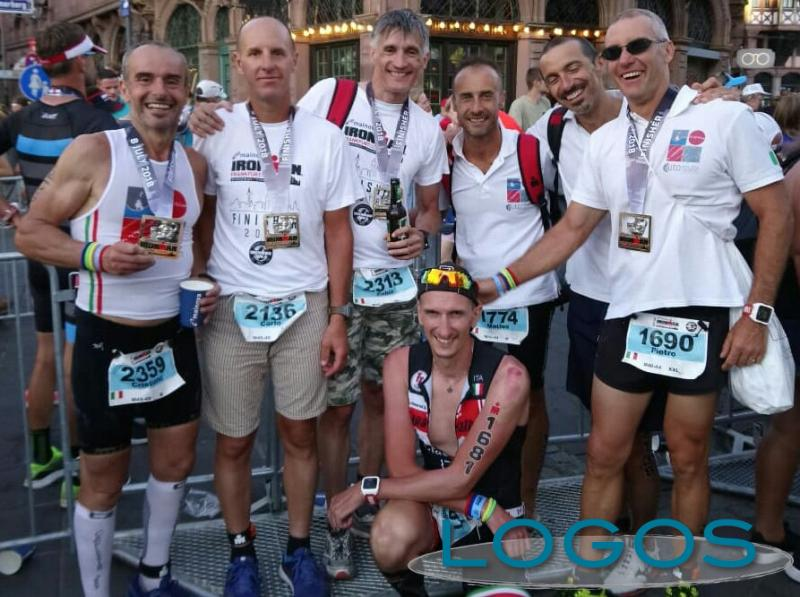 Sport - Il gruppo di amici all'Ironman di Francoforte
