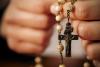 Generica - Preghiera del Rosario (da internet)