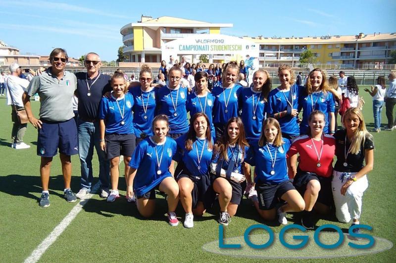Castano Primo - La squadra di calcio femminile del Torno