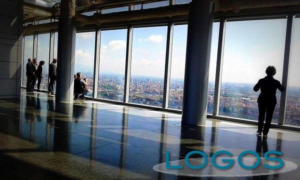 Milano - Palazzo Lombardia: si sale al 39° piano (Foto internet)