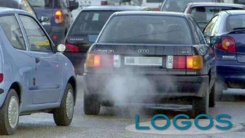 Generica - Auto inquinanti (da internet)