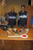 Busto Arsizio - I poliziotti con la droga e il materiale sequestrato