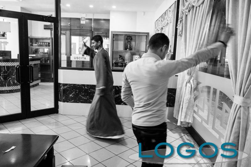 Inchieste - Fare shopping con la Jalabiya