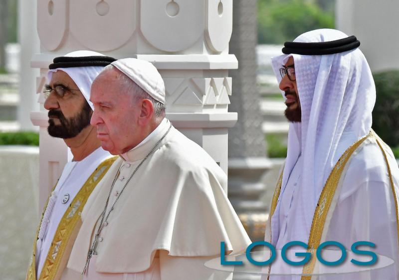 Attualità - Papa Francesco nel cuore dell'Islam (Foto internet)
