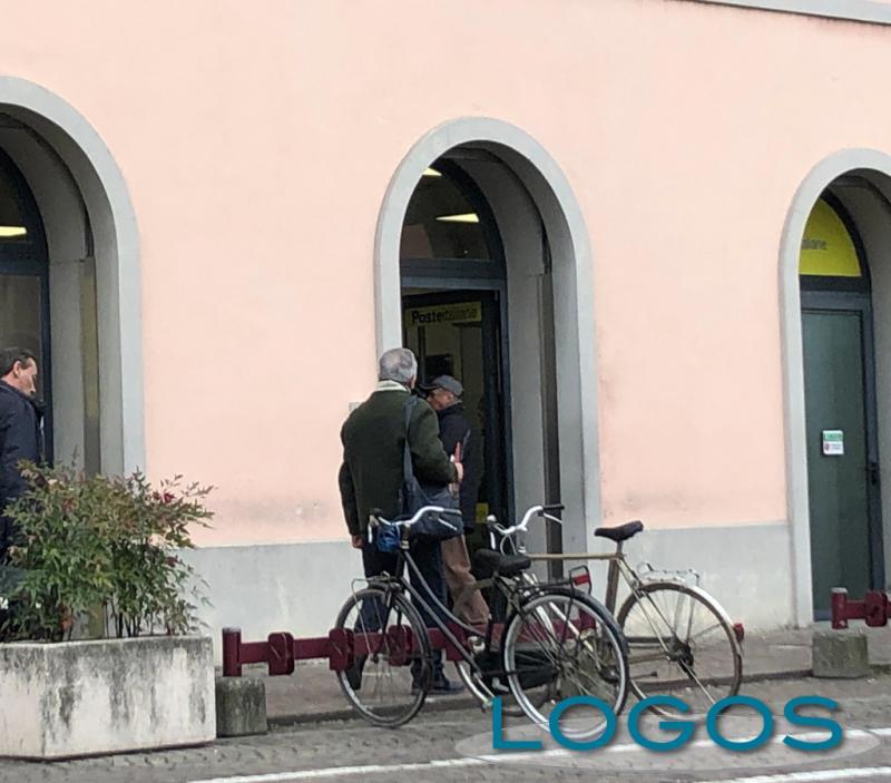 Attualità - Un ufficio postale