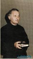 Buscate - Don Geuino, in un'immagine storica