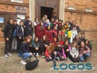 Scuola - Gli alunni di Turbigo con i compagni di Sarnano