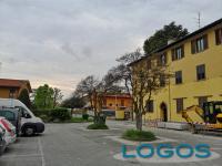 Cuggiono - Largo F.lli Borghi, con gli alberi, prima dei lavori