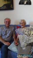 Robecchetto - Il sindaco con Cécile: 106 anni