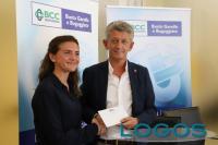 Salute - Barbara Mora con il presidente della BCC, Roberto Scazzosi