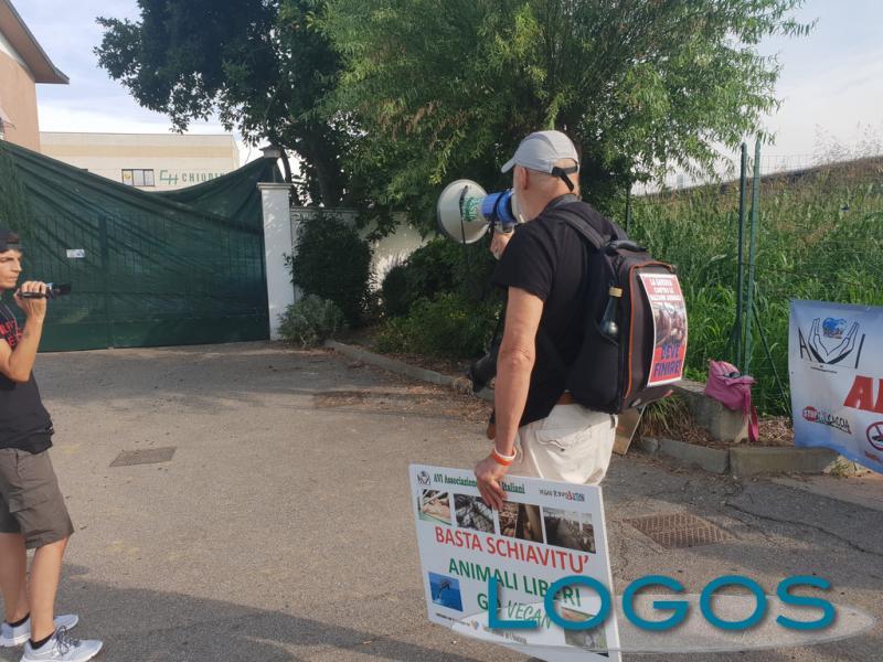 Robecco - Protesta animalista 2019
