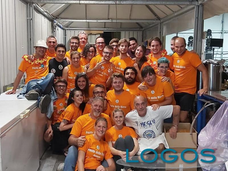 Arconate - Il gruppo di volontari della 'Festa della Birra'