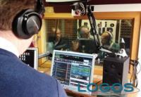 Attualità - Trasmissione radio (Foto internet)