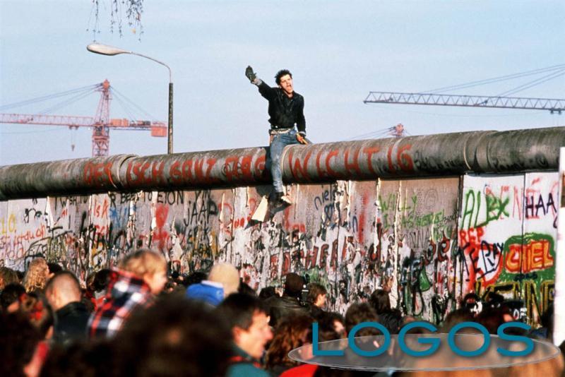 La Scuola di Pace ricorda la Caduta del Muro di Berlino