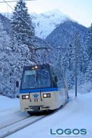 Attualità - A causa della neve caduta in nottata, ferma la Vigezzina