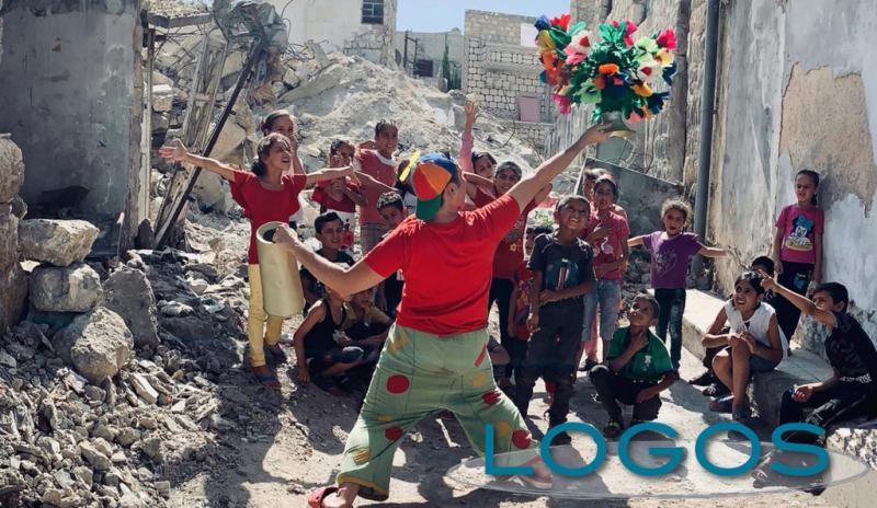 Sociale - Marco Rodari, il clown Pimpa