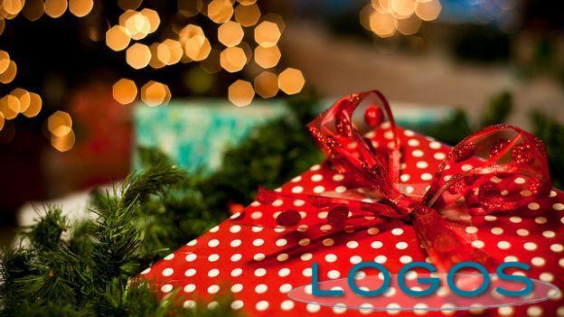 Commercio - Acquisti di Natale (Foto internet)