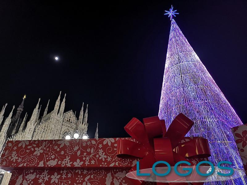 Milano - Luci e colori per le feste di Natale