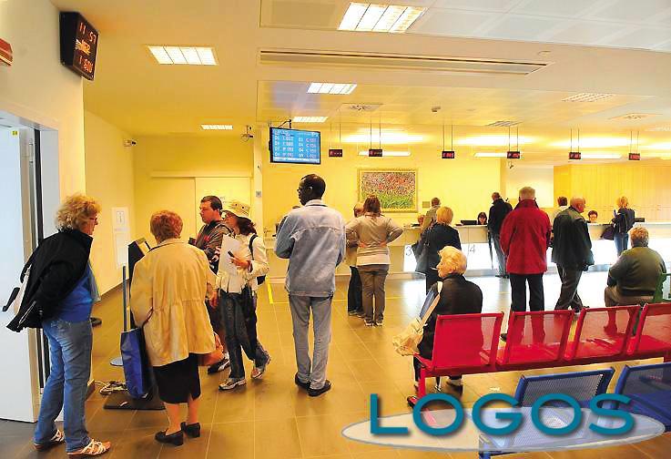 Salute - Pazienti in attesa in ospedale (Foto d'archivio)