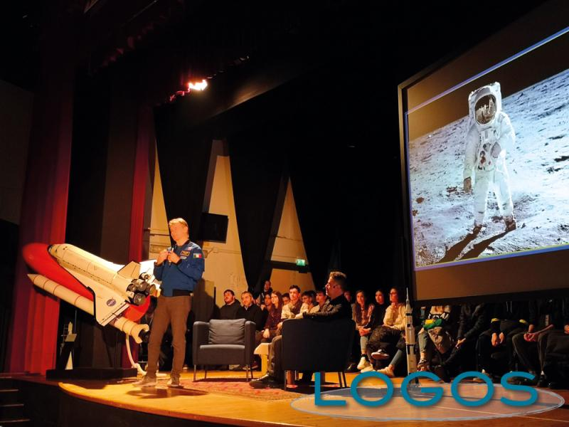 Bareggio - L'astronauta Paolo Nespoli
