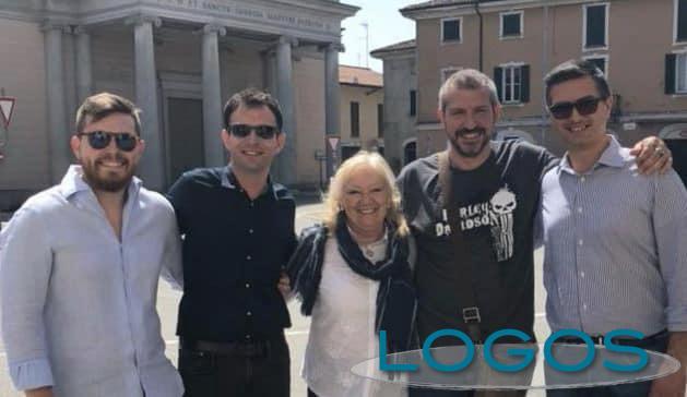 Cuggiono - Maria Teresa Perletti con esponenti della Lega