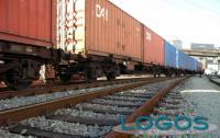 Territorio - Trasporto merci sui treni (foto internet)