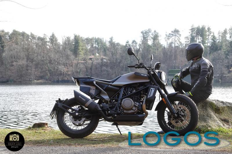 Motori - Husqvarna Svartpilen 701