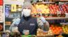 Territorio - Mercato con la mascherina (foto internet)