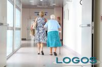 Sociale - Anziani in una RSA (foto internet)