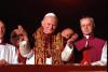 Sociale - San Giovanni Paolo II alla sua elezione a Papa