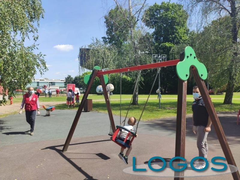 Territorio - Bambini giocano a Volandia