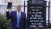 USA - Trump con la Bibbia