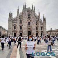 Milano - Infermieri in piazza in protesta