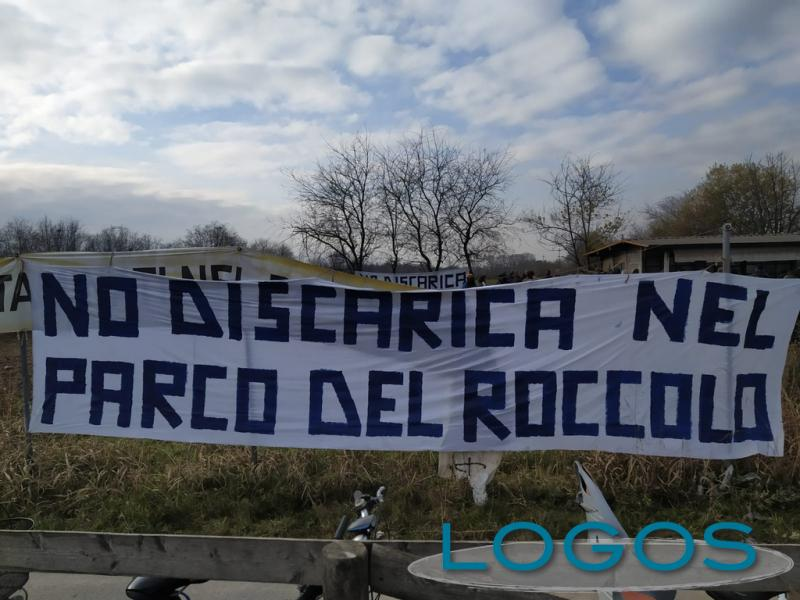 Territorio - No discarica nel Parco del Roccolo (Foto internet)