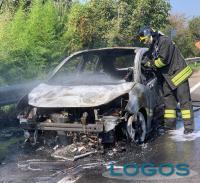Magenta - Auto in fiamme
